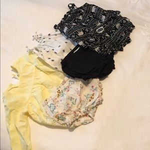 Set of three Old Navy baby outfits, size 6-12M